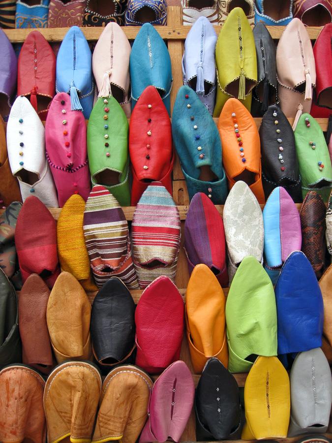 Babuchas zocos marrakech marruecos - Telas marroquies ...